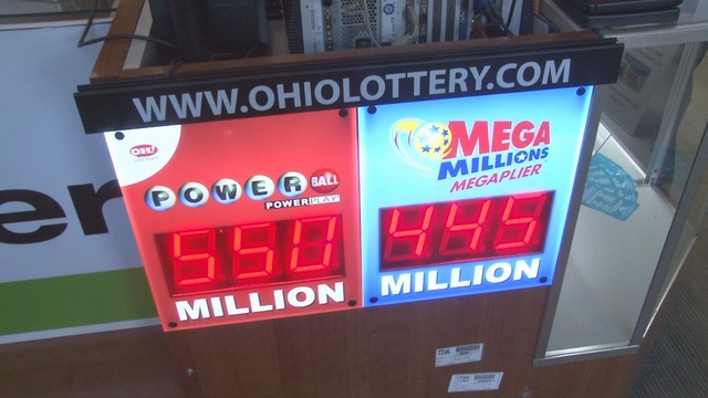 Add 'em together & Mega Millions, Powerball payouts at almost $1B