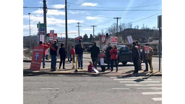 Communication Workers of America rallying in Wheeling