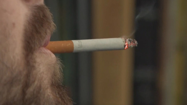 Ohio bill would fine people $500 who smoke with children in vehicle