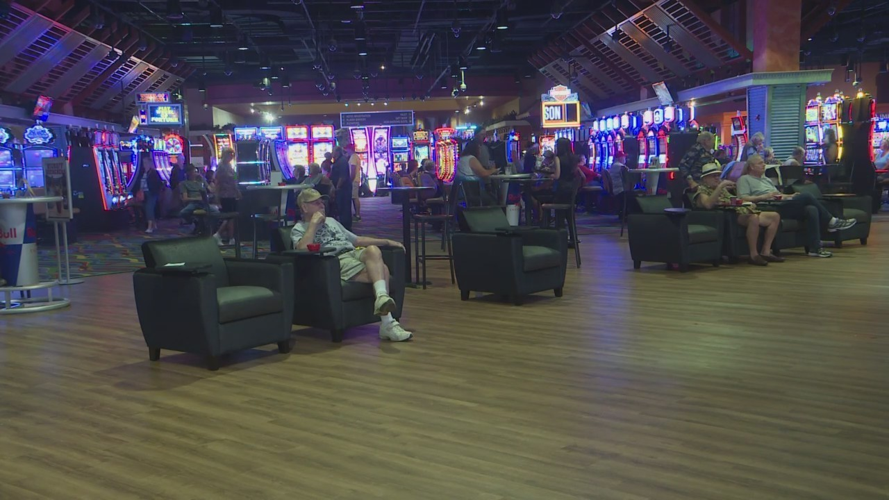 wheeling island hotel casino racetrack opens new sports bar